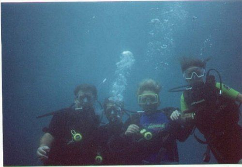 Family Maldives diving
